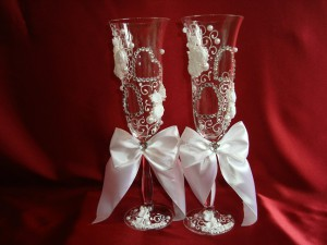 Свадебные бокалы со стразами 14