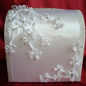 Серебряный свадебный сундучок с цветами 26