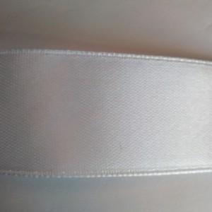 Белая атласная лента 25мм