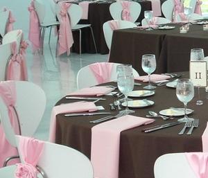 розовый и шоколадный