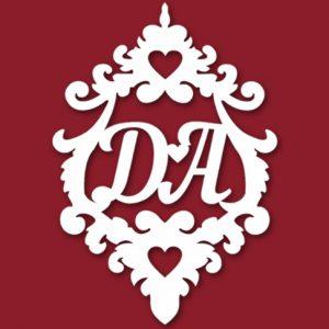Семейный герб на свадьбу с инициалами 6