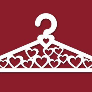 свадебная вешалка с сердечками