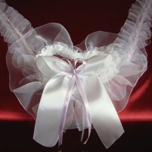 Сиреневое украшение на свадебную машину 22