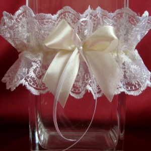 Подвязка невесты айвори Элиза 12