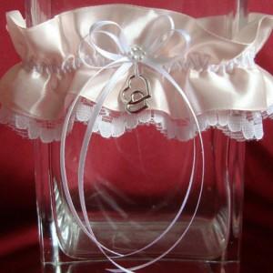 Красивая персиковая подвязка невесты 42
