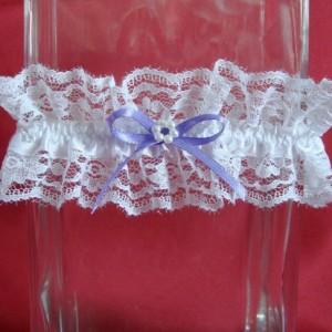 Фиолетовая подвязка невесты 57