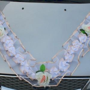 Персиковая гирлянда на капот 49