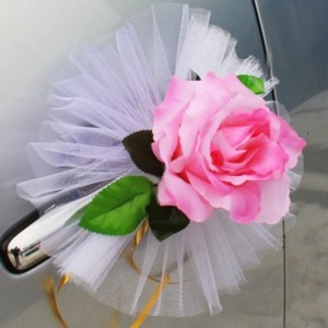 розовая роза на ручку машины1-2