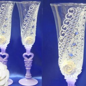 Сиреневые бокалы с цветами и стразами 108