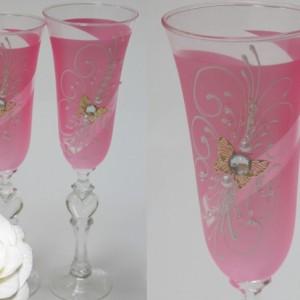 Розовые бокалы с бабочками 124