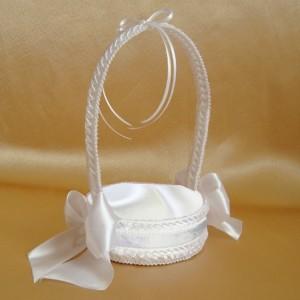 Белая свадебная корзиночка для колец 46