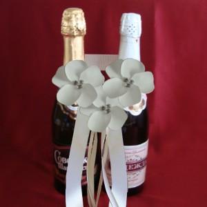Цветы на свадебное шампанское айвори 65