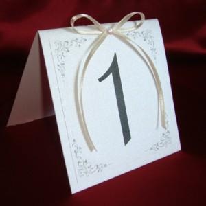Карточки на столы с номерами айвори 7