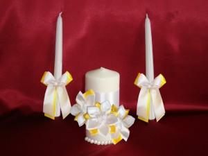 Свечи Семейный очаг с цветами желтые 72