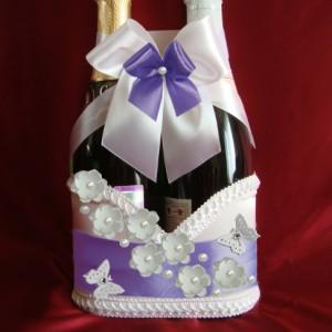 Фиолетовое украшение на свадебное шампанское 72