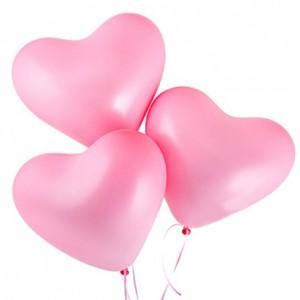 Розовые надувные шары сердца