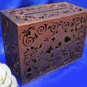 Коричневый деревянный резной сундучок для денег 33