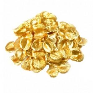 Золотые лепестки роз