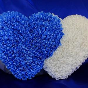 Голубые сердца на машину 25