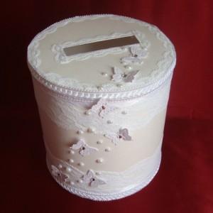 Сундучок для денег на свадьбу круглый бабочки