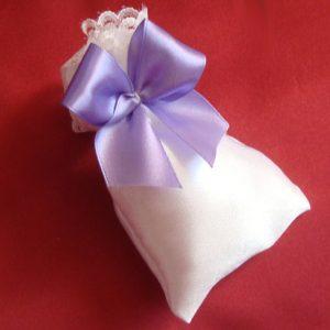 Сиреневая бонбоньерка мешочек